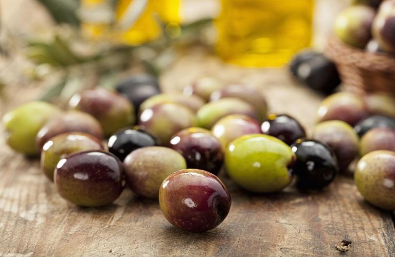 1595312859 0 olives2.4.2020