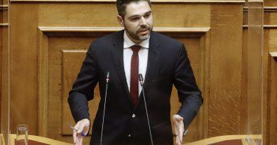 """Γ. Σαρακιώτης: «Το Υπουργείο Αγροτικής Ανάπτυξης συνεχίζει την """"παράδοση"""" της αδικίας των παραγωγών της Ανθήλης»"""