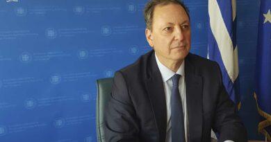 Αίτημα Λιβανού για 957 προσλήψεις στο πρόγραμμα δακοκτονίας